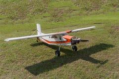 Vliegtuigen - ModelAircraft - lage vleugelkunstvliegen Royalty-vrije Stock Afbeelding
