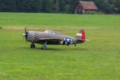 Vliegtuigen - ModelAircraft - lage vleugelkunstvliegen Stock Foto's