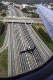 Vliegtuigen op definitieve benadering Stock Foto's