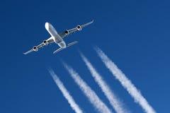 Vliegtuigen tijdens de vlucht Royalty-vrije Stock Foto's