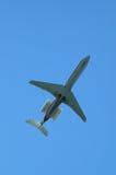 Vliegtuigen van onderaan Stock Foto