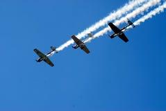 Vliegtuigen in vorming Stock Afbeelding