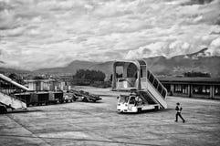 Vliegtuigladder die op een vliegtuig wachten Stock Foto's