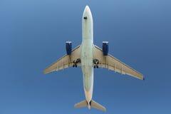 Vliegtuigmening van onderaan Stock Afbeeldingen