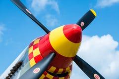 Vliegtuigneus die zeer kleurrijke propellers tonen Royalty-vrije Stock Foto's