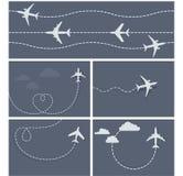Vliegtuigvlucht - gestippeld spoor van het vliegtuig Stock Foto's