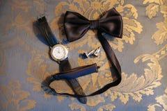 Vlinderdas en cufflinks Stock Foto's