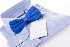 Vlinderdas en overhemd als gift als gift Stock Foto