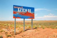 Välkomnande till det Utah vägmärket Royaltyfri Foto