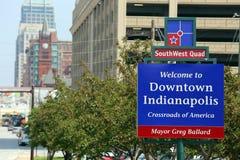 Välkomnande till i stadens centrum Indianapolis Royaltyfri Foto
