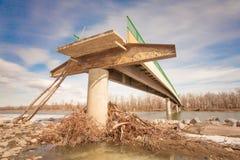 Vloed Beschadigde Brug Royalty-vrije Stock Fotografie