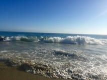 Vloed op het strand van California's Laguna Royalty-vrije Stock Fotografie