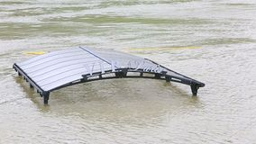 vloed in Parijs stock footage