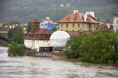 Vloed in Praag Stock Foto's