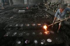 Vloeibare metaal het gieten productie Royalty-vrije Stock Foto