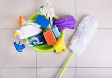 Vloer schoonmakend voorraden en materiaal royalty-vrije stock afbeelding
