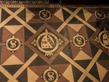 Vloertegels in St Mary's Parochiekerk in Onder- Alderley Cheshire Royalty-vrije Stock Afbeelding