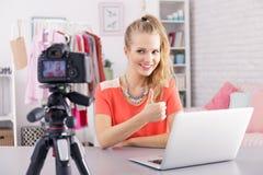 Vlog quotidien principal photos libres de droits