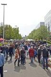 Vlooienmarkt elke eerste dag van Mei in Brussel Stock Foto's