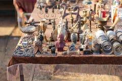 Vlooienmarkt Verkoop van oude dingen royalty-vrije stock fotografie
