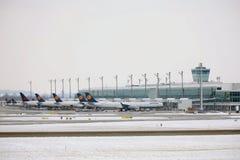 Vloot van de Luchthaven van Lufthansa planesat München, Duitsland royalty-vrije stock fotografie