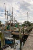 Vloot van het shrimping van boten stock afbeelding