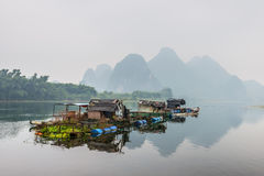Vlothuizen op Li-rivier Royalty-vrije Stock Afbeelding