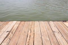 Vlotplank houten van bruin Royalty-vrije Stock Afbeeldingen