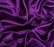Vlotte elegante lilac zijde als achtergrond Stock Fotografie