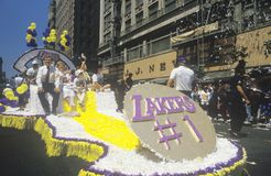 Vlotter in Los Angeles Lakers Victory Parade, Los Angeles, Californië royalty-vrije stock afbeeldingen
