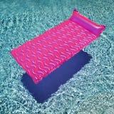 Vlotter in zwembad. stock afbeeldingen