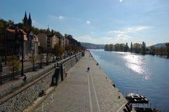 vltava όχθεων ποταμού Στοκ φωτογραφία με δικαίωμα ελεύθερης χρήσης