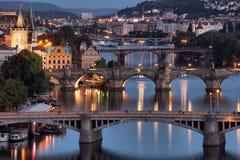 Vltava och broar i Prague Royaltyfri Foto