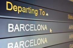 Vlucht die aan Barcelona vertrekt stock foto's