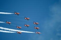 Vlucht van Rode Pijlen Royalty-vrije Stock Afbeeldingen