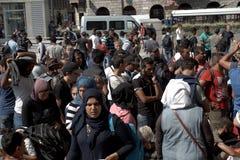 Vluchtelingen in Boedapest, Keleti-Station stock foto's