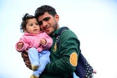 vluchtelingen die Hongarije verlaten Stock Fotografie