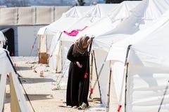 Vluchtelingen die in tenten in de centrumverhuizing Diavata leven royalty-vrije stock foto's