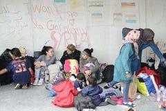 Vluchtelingen in Hongarije stock foto's