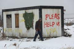 Vluchtelingen in Servië tijdens de winter Stock Afbeeldingen