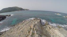 Vluchtstart bij Mediterrane Kustlijn - Luchtvlucht, Mallorca stock videobeelden