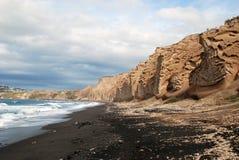 Vlychada海滩和vulcanic石头 免版税库存图片