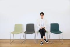 Väntande på intervju för jobbsökande Royaltyfria Foton