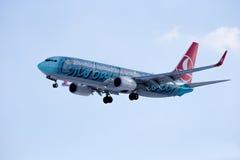Boeing 737-800 TURKISH AIRLINES Globalnie Wasze Obraz Stock