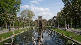 Voûte de construction historique de parc de l'Allemagne de zoo de Wilhema photos libres de droits