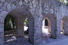 Voûtes en pierre d'un aqueduc image stock