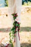Voûte de mariage sur la plage Voûte en bois pour la cérémonie de mariage Photo stock