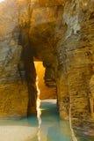 Voûte en pierre sur Playa de Las Catedrales Images stock