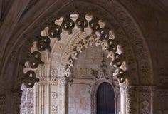 Voûtes décorées de cloître dans le monastère de Jeronimos Photo stock