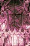 Voûtes victoriennes contre le plafond de choeur dans la cathédrale de Worcester Photo libre de droits